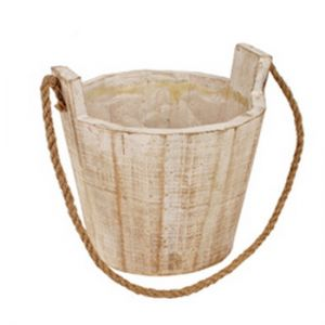 Wooden pot.